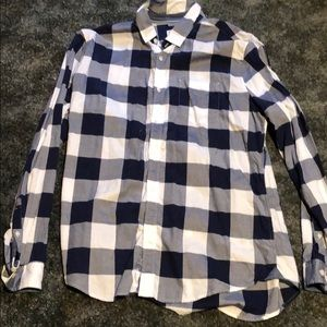Express soft wash button down